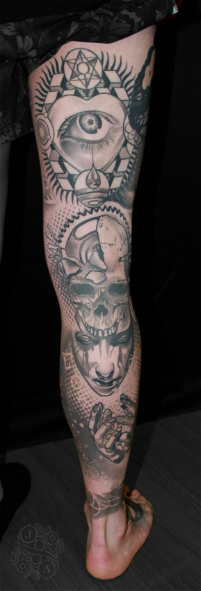 psycedelic black and grey tattoo by Justin Acca